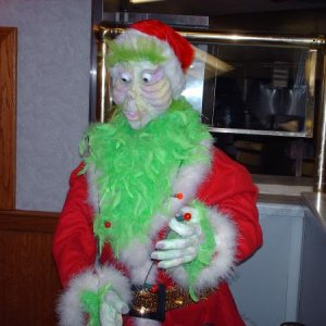 Jim carrey the grinch head prop 070  Grinch all done