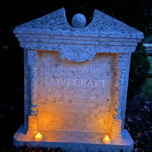 Lovecraft tombstone